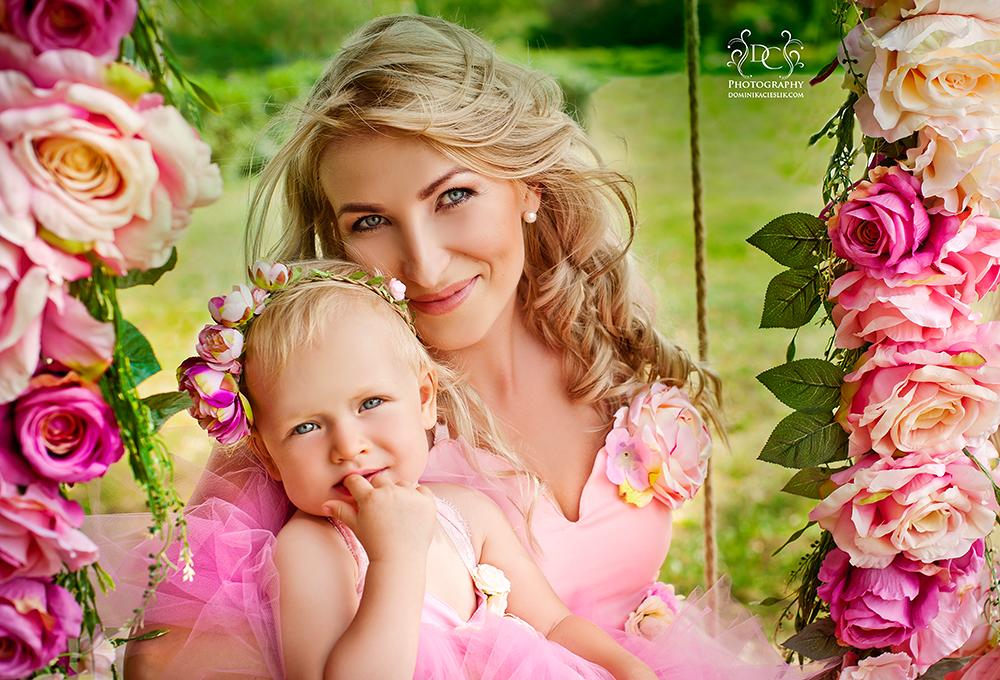 Plener rodzinny dziecięcy w sukniach